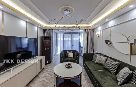 望源公寓欧式轻奢风,错层爆改成复式楼中楼