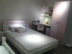 我爱我家 床 板式、儿童床、限量一个 FA62-135-08