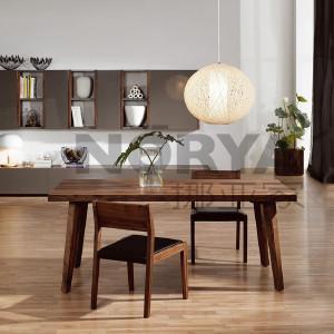 挪亚家 餐桌 这款餐桌采用北美进口黑胡桃木,设计理念综合了东西方家居文化,是生活变得简单而富有内涵! D5 KAZTV03